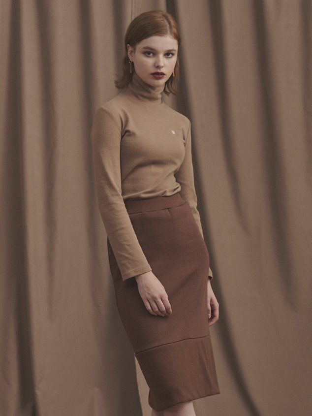 19 LITTLE FOX TURTLENECK [BROWN]