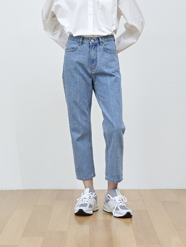 CROP STRAIGHT DENIM [LIGHT BLUE]
